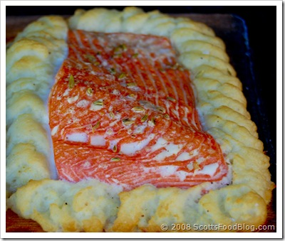 plank salmon with piped potatoes_1