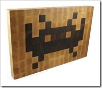 a7cf_space_invaders_cutting_board