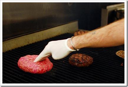 one pound burger