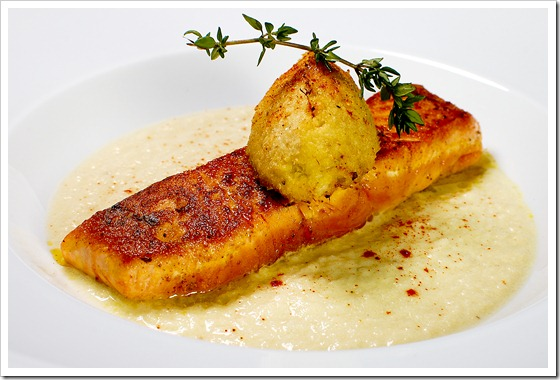 salmon with cauliflower quenelle